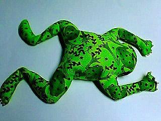 蛙縫いぐるみ