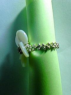 シェルビーズの指輪 サイド