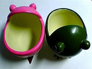 若い蛙の植木鉢☆