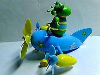 カエルピック プロペラ飛行機
