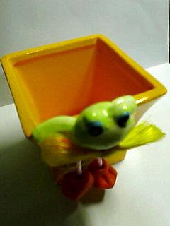 カエル付き植木鉢♪