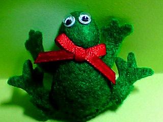 蛙ブローチ☆