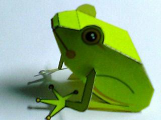 ペーパークラフト蛙 完成