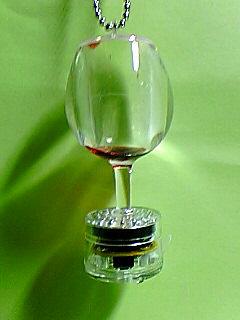 ワイングラスキーホルダー