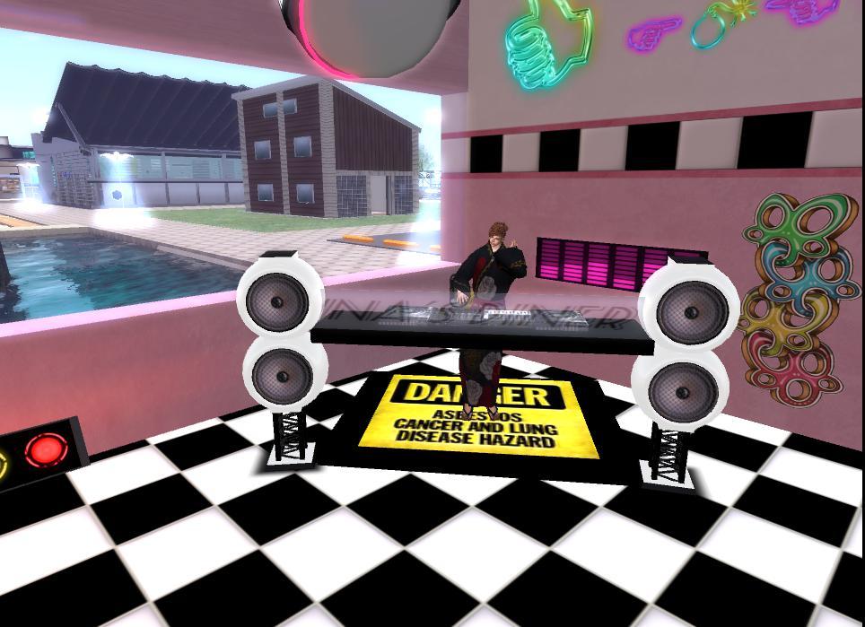 DJ Booth02