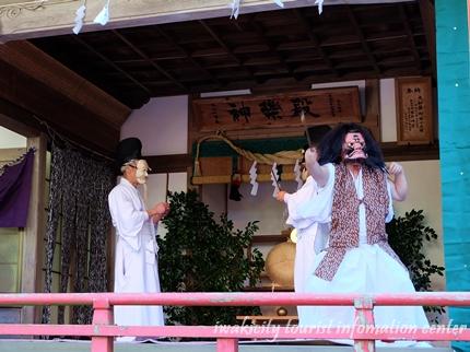 天岩戸舞1-2