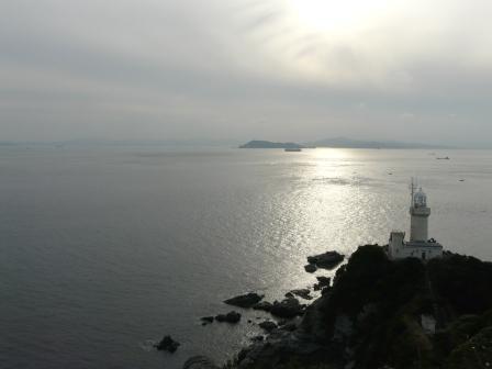 椿山展望台から見た佐田岬灯台 2