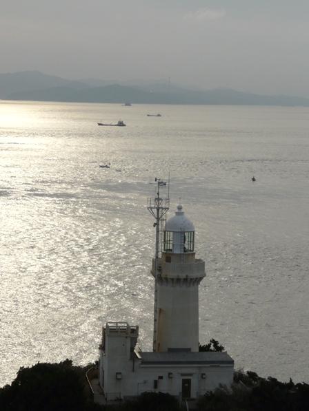 椿山展望台から見た佐田岬灯台 3