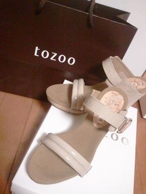 tozoo サンダル1