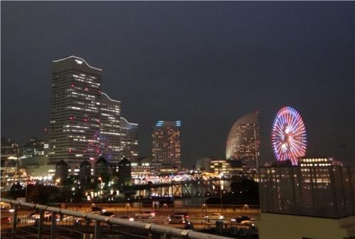 日本一速いエレベーターは横浜のあの建物!