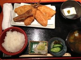 1200円のアジフライ定食!