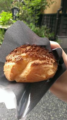 熊本旅行:黒川温泉 そば粉のシュークリーム