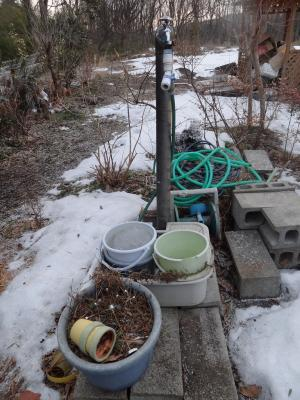 立水洗穴掘り前