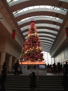 クウィーンズタワーのクリスマスツリー