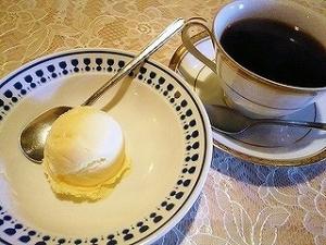 s-s-アイスクリームとコーヒー