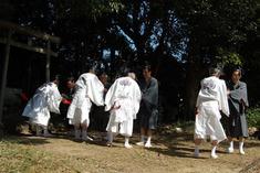 13.10.13春日社握手