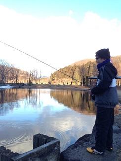 管理釣り場へ