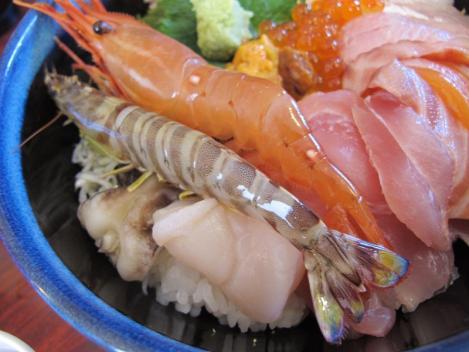 てんこ盛り海鮮丼