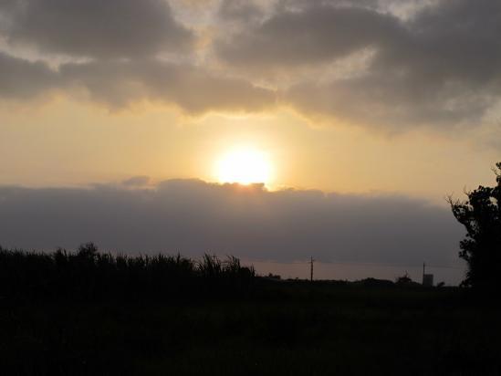 朝の波照間島