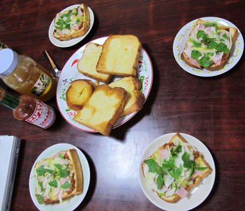 8月25日のお昼ごパン