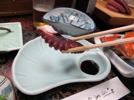 かちま荘さんの食事 ぷりぷりのタコ