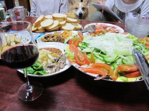 赤ワインとプルスケッタ