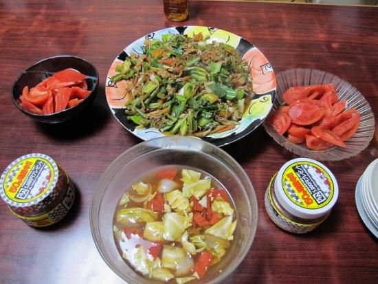肉野菜炒め、トマト、残り物