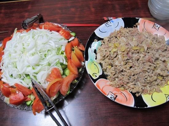 豚生姜焼き、サラダ