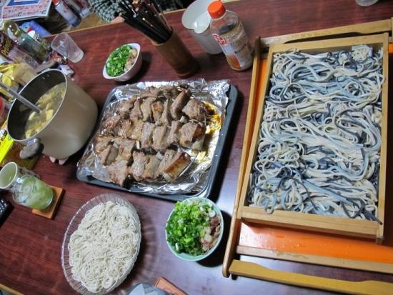 スペアリブと歴麺
