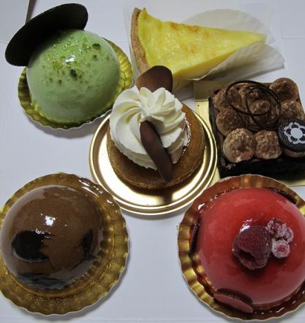 春華堂のケーキ