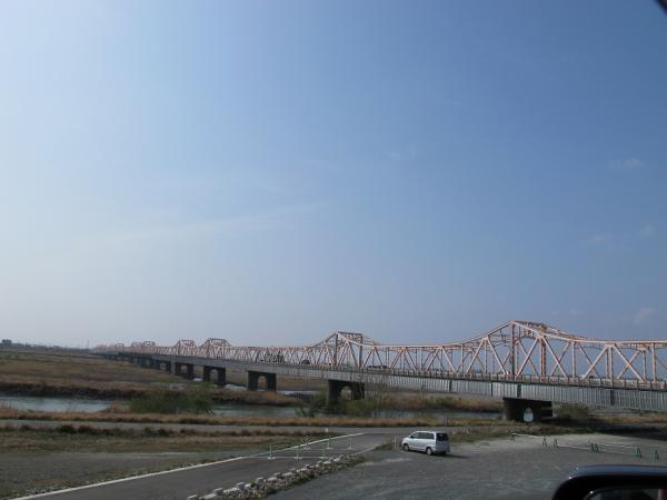 天竜川と掛塚橋