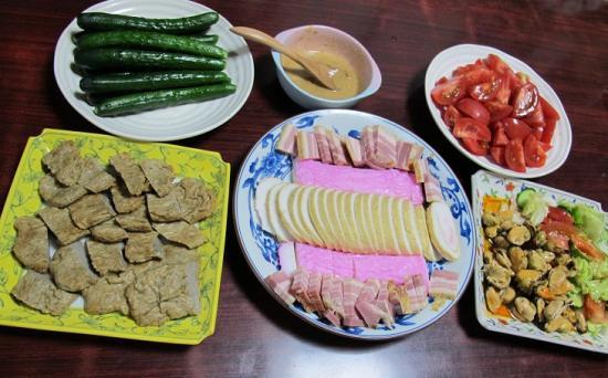 カマボコとじゃこ天とムール貝の晩ご飯