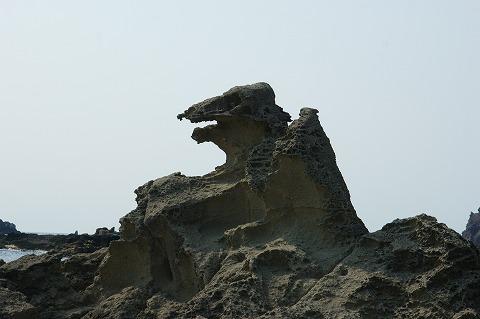ゴジラ岩03105