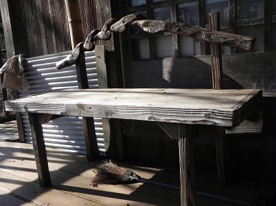 本殿のベンチ