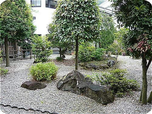 s-柳屋-042中庭