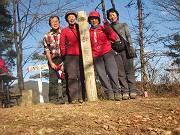 062能岳山頂にて-s