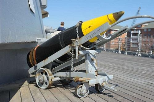 16インチ艦砲弾2