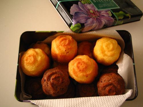 ローズ型のプチバターケーキ