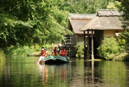 大王わさび農場:クリアボート