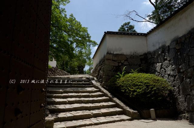 岡山城 廊下門2