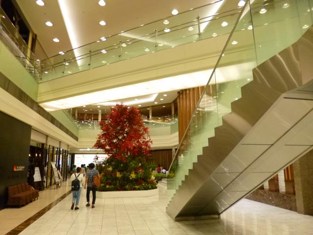 タカシマヤ最上階ってもっとオッチャンオバチャンの行く食堂街って思ってました