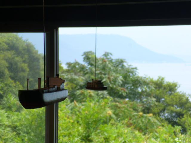 女木島は窓の外から見えているので模型は作らなかったそうです