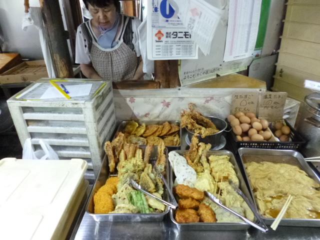随時補充される天ぷら おススメは揚げと金時豆のかき揚げ