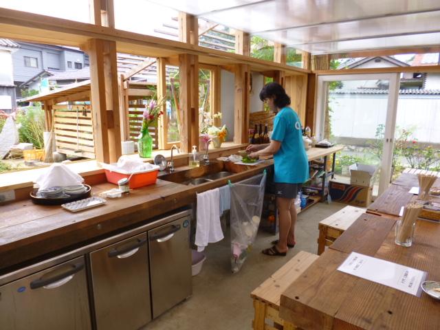 キッチンでは料理もできます