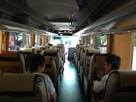 7232013信州高原旅行バス車内S21
