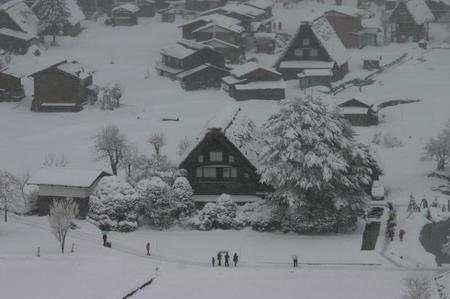 冬の風景も見てみたい世界遺産 白川郷合掌集落