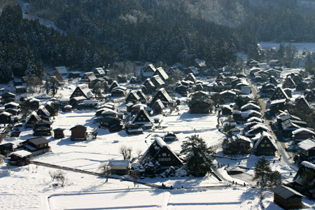 年末年始を冬真っ盛りの世界遺産 白川郷で♪~ゆく年くる年~ ②