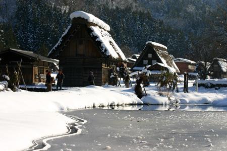 年末年始を冬真っ盛りの世界遺産 白川郷で♪~ゆく年くる年~ ⑤