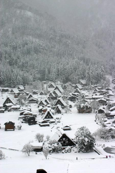 何ていう美しい冬景色なんだろう ~世界遺産 白川郷合掌集落~⑤