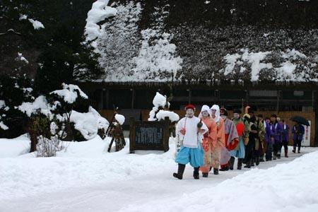 明けまして おめでとうございます 世界遺産白川郷の元旦 伝統行事「春駒(はるこま)」1